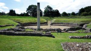 Amphitheatre-remains-in-Verulamium-Park