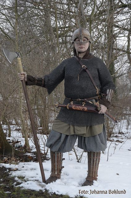 Anglo-Saxon warrior clothing