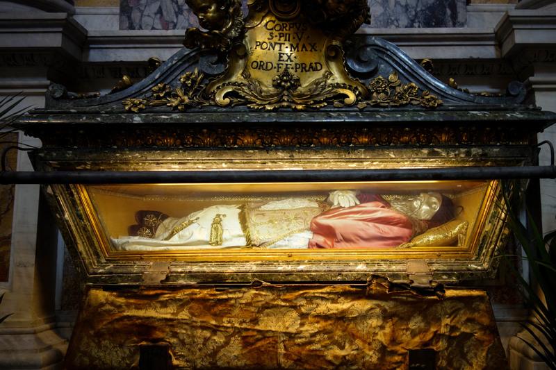 Pope Pius V tomb