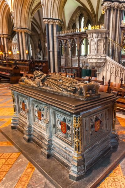 The Tomb of King John at Worcester Cathedral, England