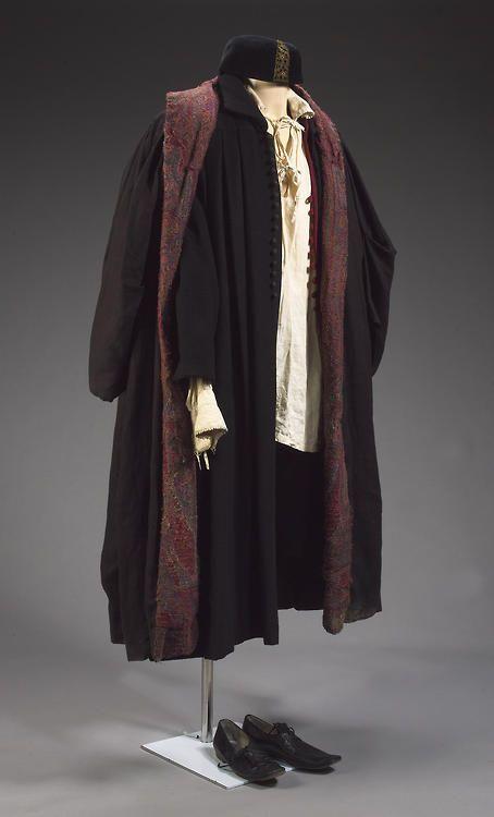 Tudor Merchants clothes