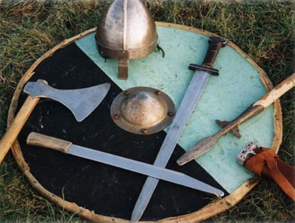 anglo saxon weapons