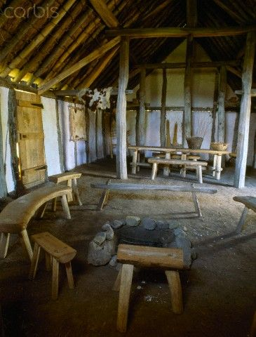 interior-reconstructed-mead-hall-anglo-saxon